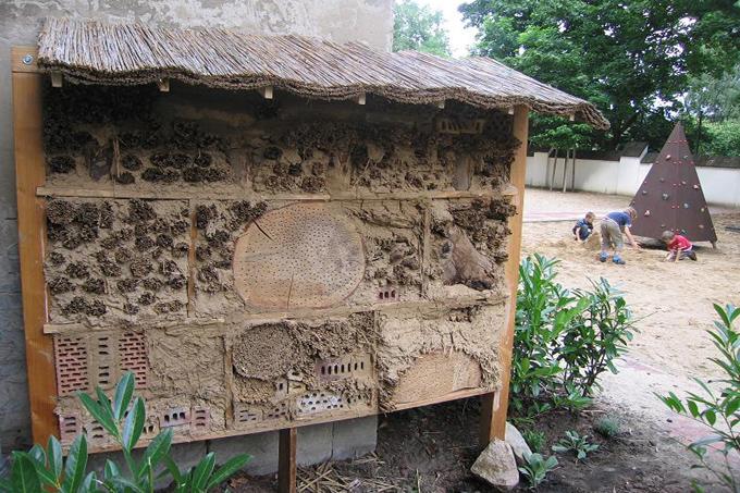 insektenhotels nabu berlin. Black Bedroom Furniture Sets. Home Design Ideas